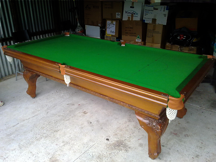reclothing pool tables